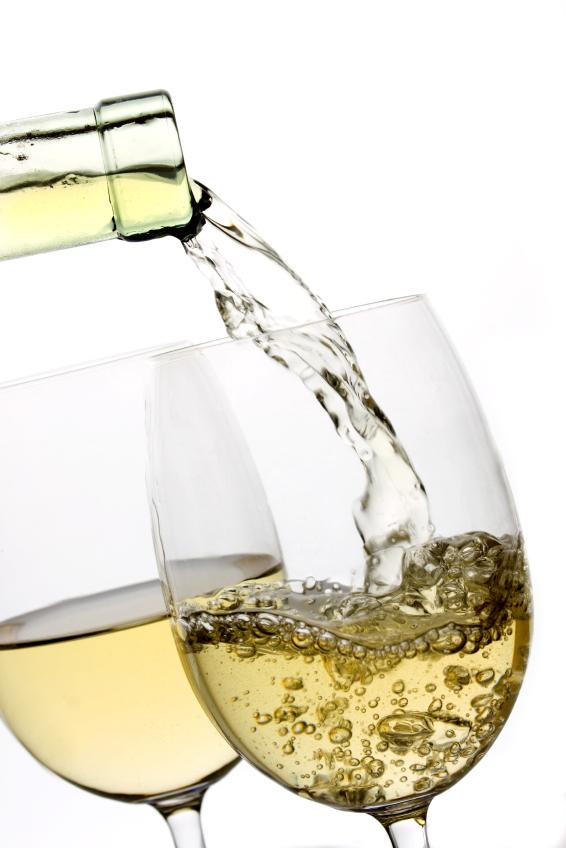 Drinking White Wine Benefits